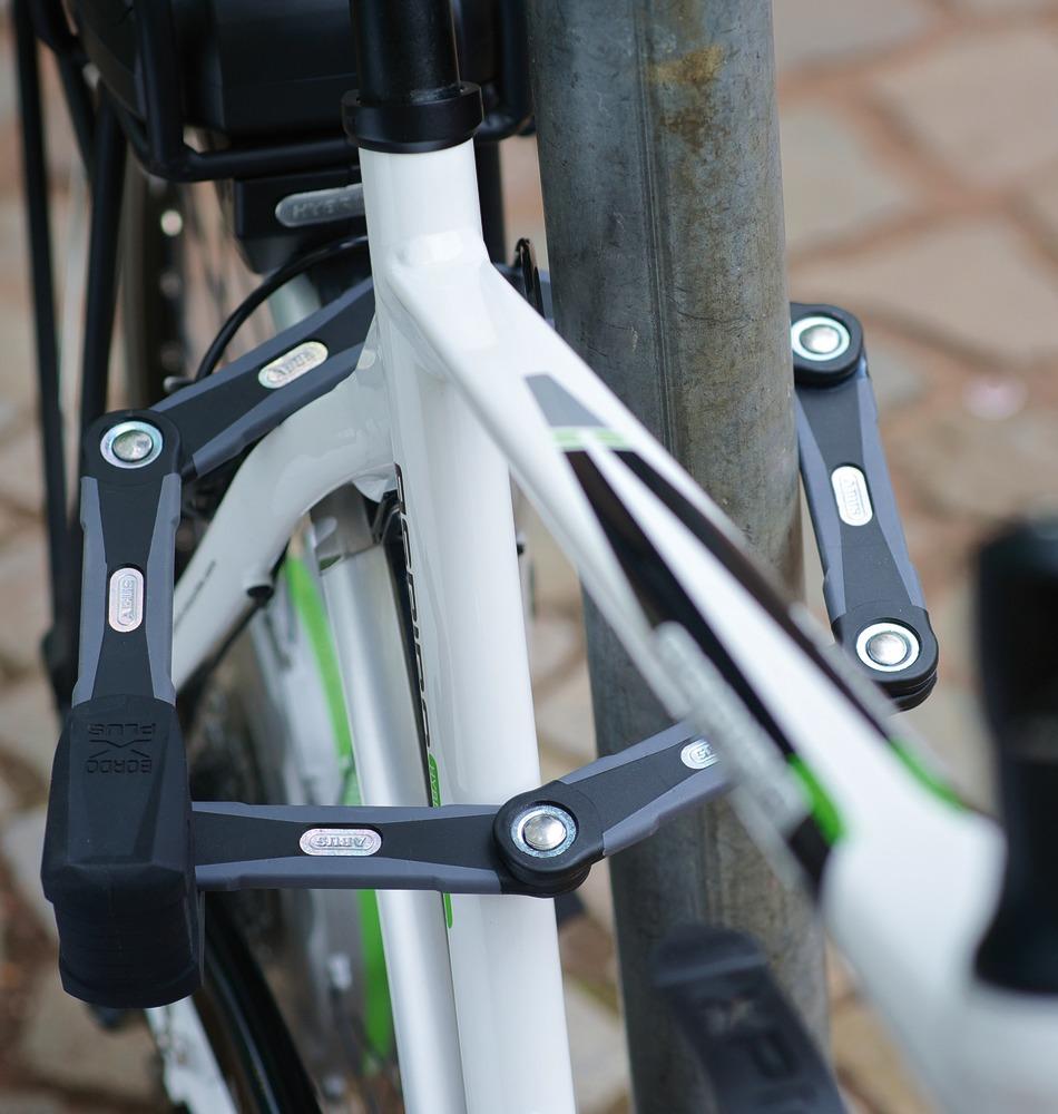 Fahrradschloss Milieu_Bordo_Granit_X-Plus_6500_3