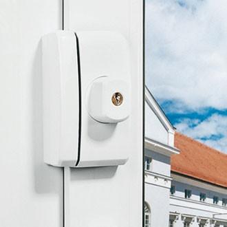 Fenster-Zusatzsicherung ABUS FTS96 montiert